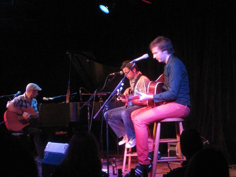 David Geraghty (left), Dominic Phillips (center) & Paul Noonan (right) of Bell X1