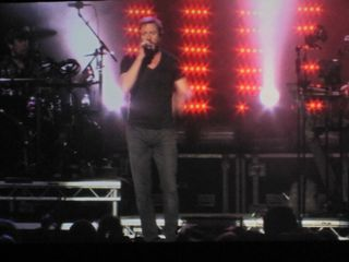 033 Simon Le Bon of Duran Duran at Caesar's Windsor 10-22-11