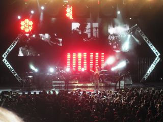 003 Duran Duran performing Before The Rain in Windsor, Ontario 10-22-11